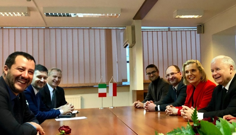 MATTEO SALVINI IN WARSAW AT A MEETING WITH THE PRESIDENT OF LAW AND JUSTICE PARTY JAROSŁAW KACZYŃSKI. @TWITTER.COM/MATTEOSALVINIMI