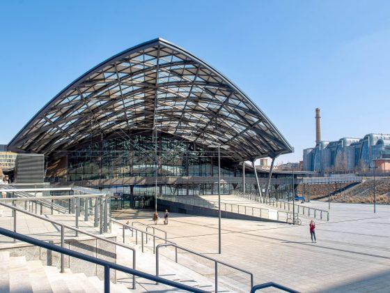 ŁÓDŹ, MARCH 23, 2019. MULTIMODAL BUILDING OF THE ŁÓDŹ FABRYCZNA RAILWAY STATION. © GRZEGORZ MICHAŁOWSKI (PAP)