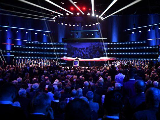 agenda-brexit-EU-Europa-Integracja-kryzys-Nowoczesna-Parlament Europejski-Partia-partie-PiS-PO-polityka-polityka zagraniczna-Polska-polski-relacje-rząd-Unia Europejska