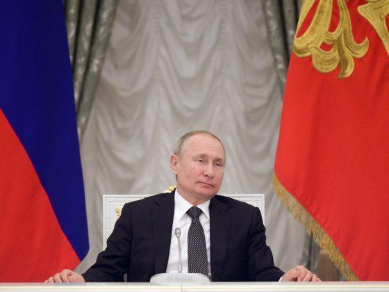 władimir-putin-rosja-historia-dezinformacja
